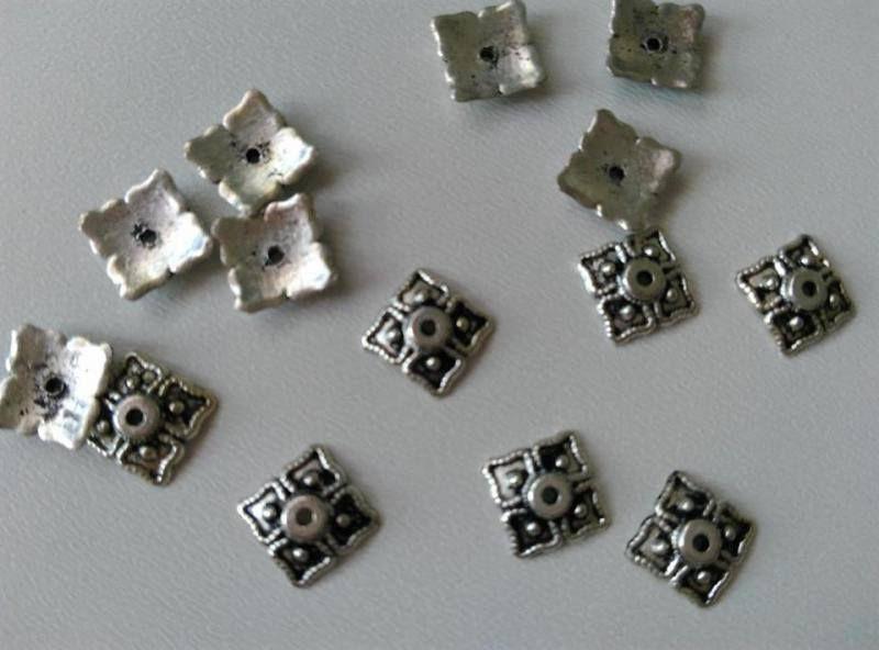 Fém gyöngykupak - 8mm - antik ezüst szín - 20 db / csomag
