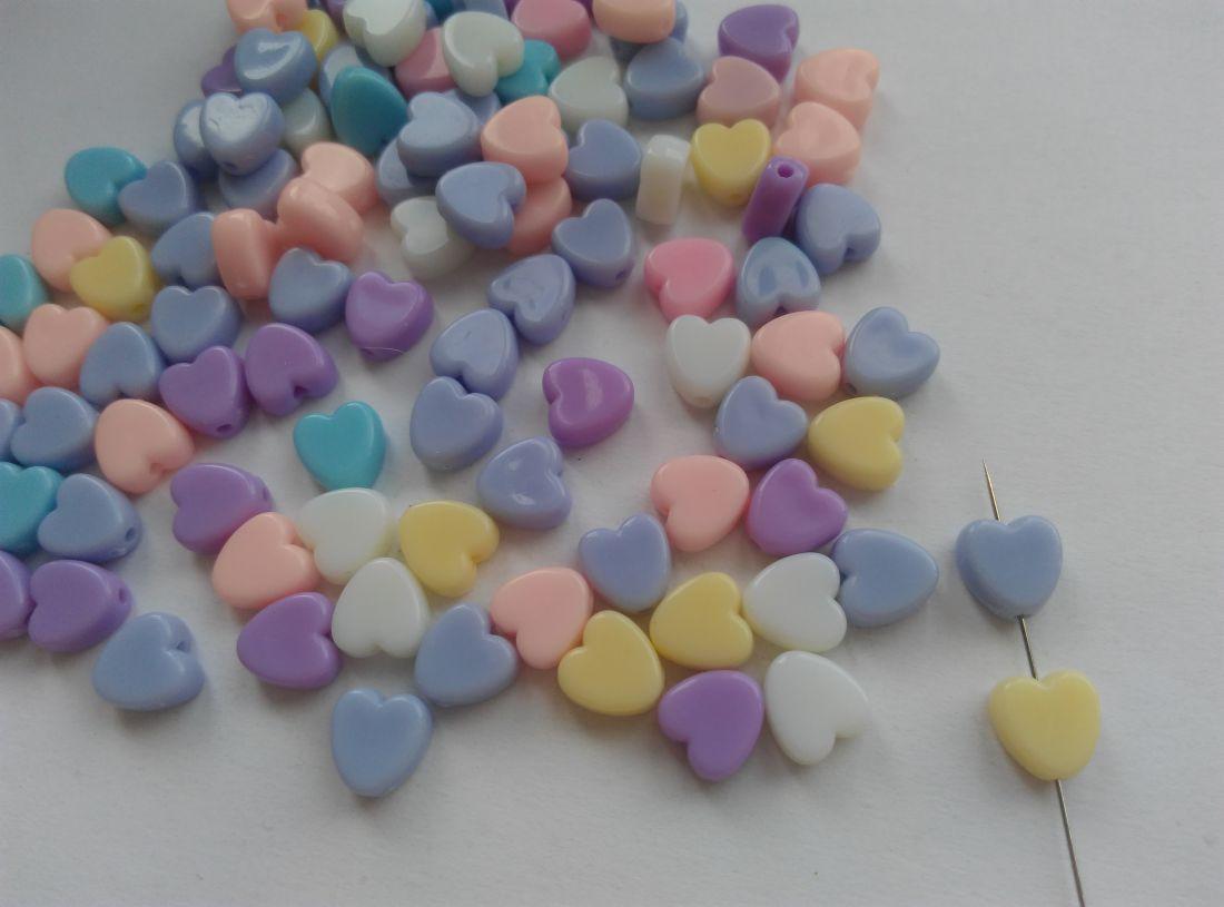 Akrilgyöngy szív - 8mm (4mm vastag) - vegyes szín - 30 db / csomag