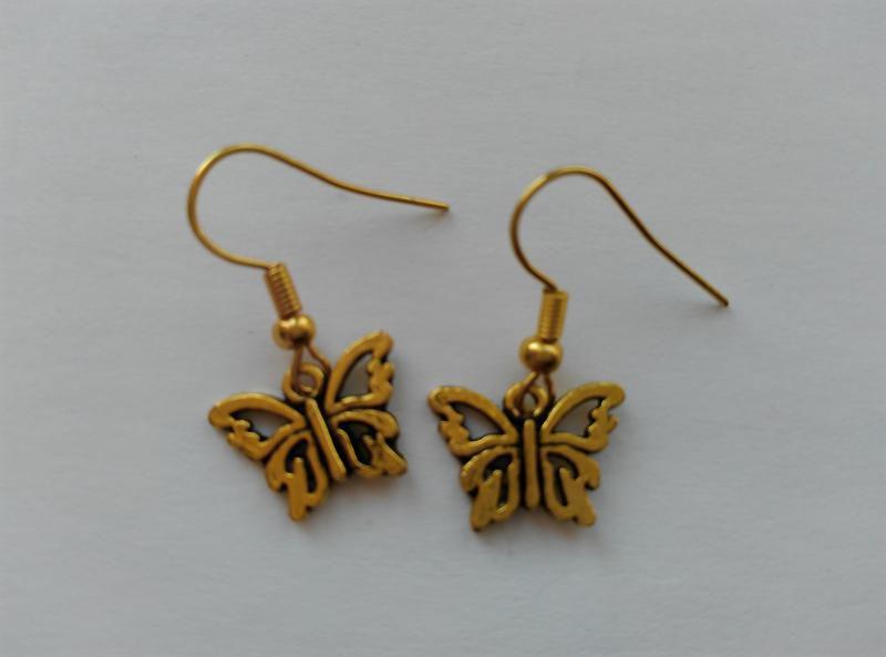 Fülbevaló - pillangó