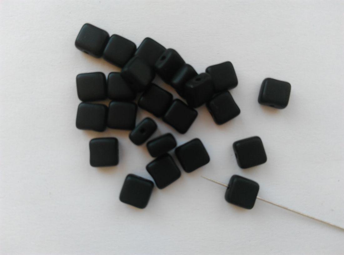 Cseh üveggyöngy - 5x5x3mm - matt fekete - 40 db / csomag