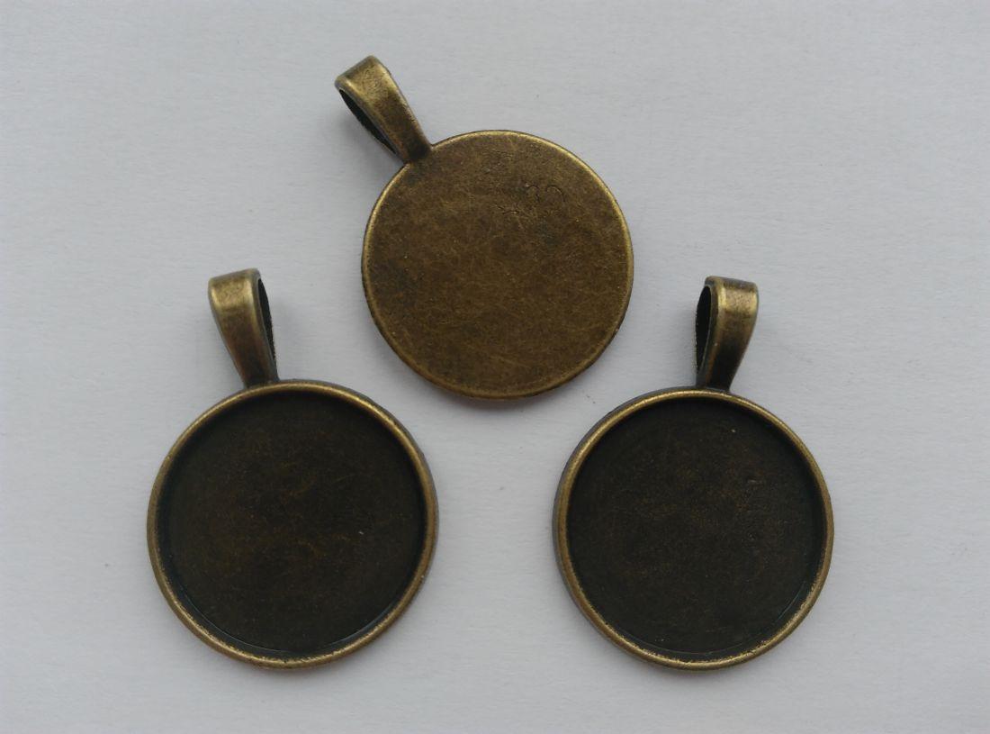 Ragasztható fém alap 20mm-es lencséhez - sárgaréz szín (1 db)