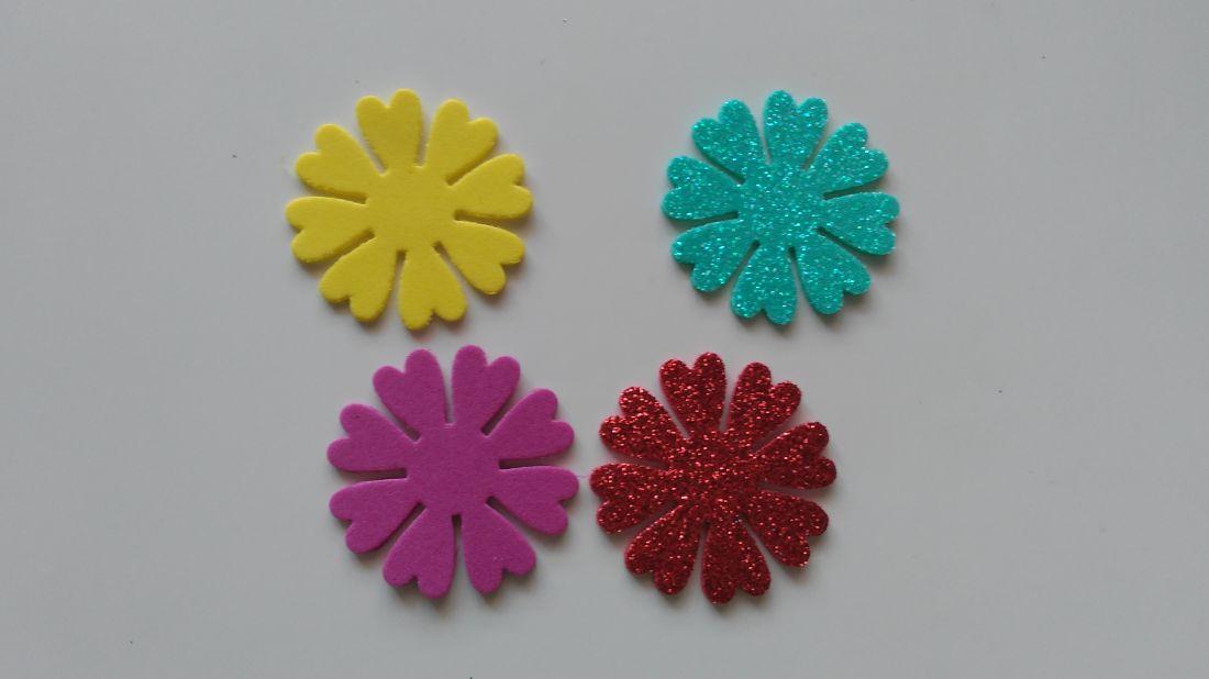 Dekorgumi virág - 41 mm (6 db / csomag)