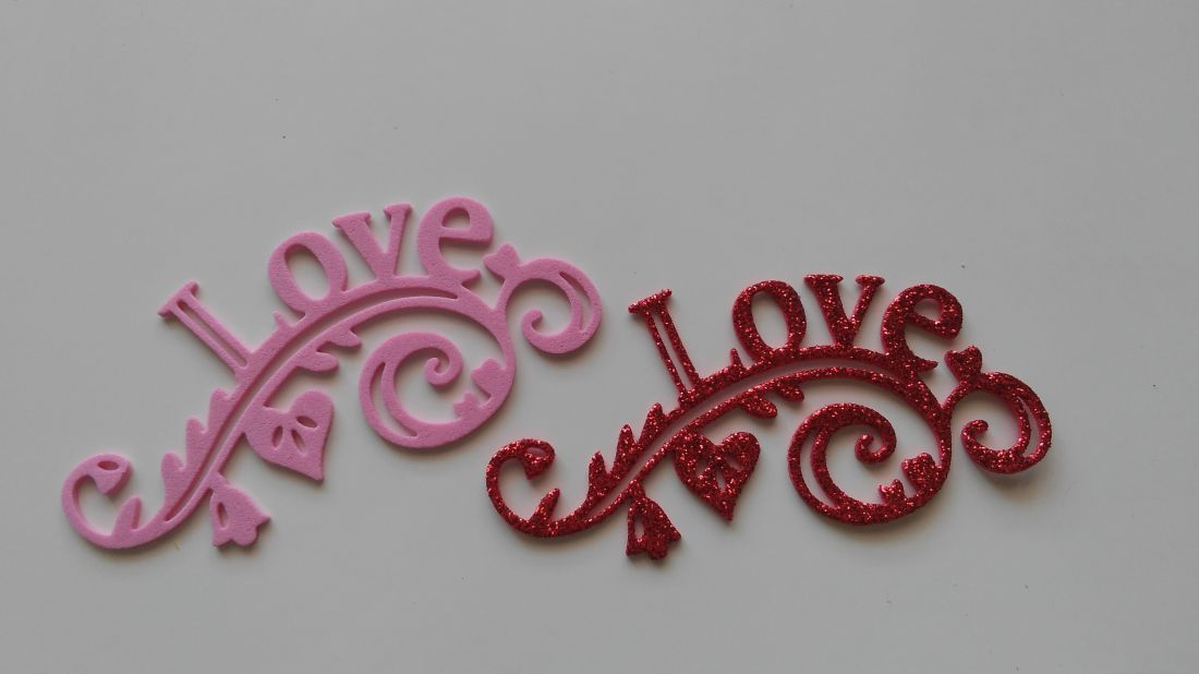 Dekorgumi LOVE - 98 x 48 mm (6 db / csomag)